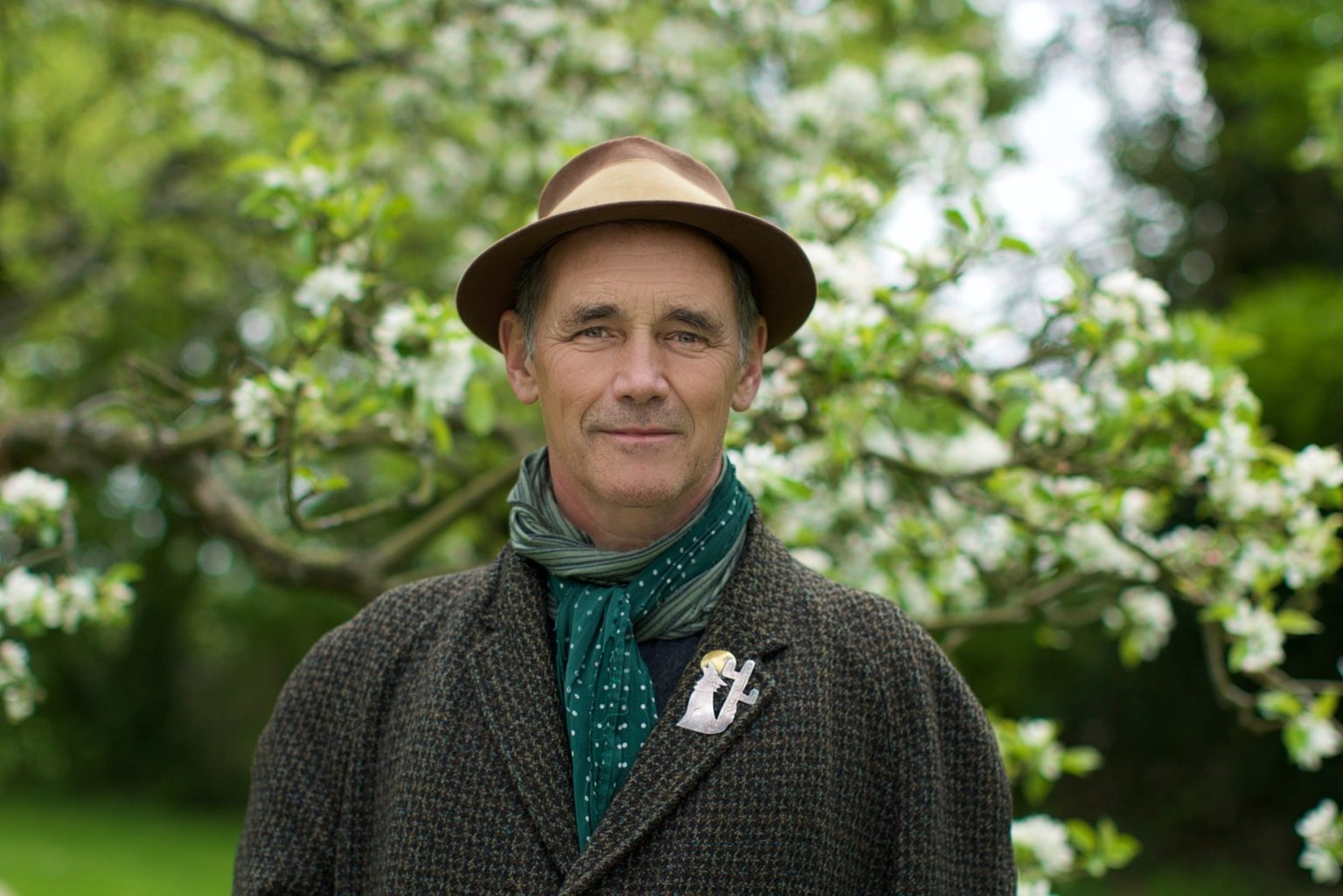 Mark Rylance Headshot approved-min